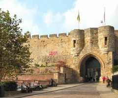 Lincoln, Castle, High Bridge, Lincoln Cathedral, Minster, England, Brayford Pool, romertid, middelalder, Castle Hill, Magna Carta, Steep Hill, Bailgate, early british gothic