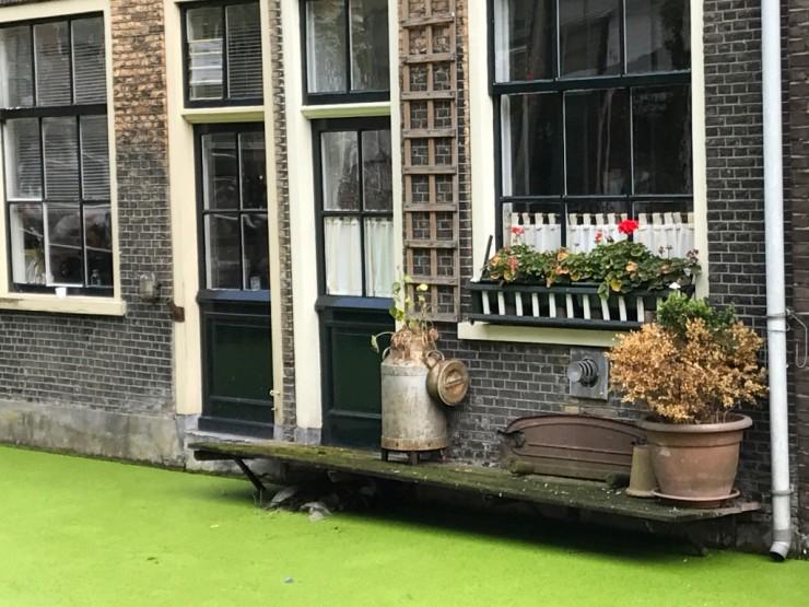 Stemningsrapport fra en av Delfts kanaler. Foto: © ReisDit.no