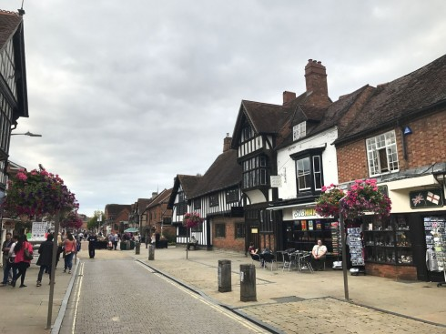 Stratford-upon-Avon, William Shakespeare, middelalder, bindingsverk, Shakespeare's Birthplace, Clopton Bridge, Anne Hathaway, Mary Arden, New Place, Hall's Croft, John Hall, Holy Trinity Church