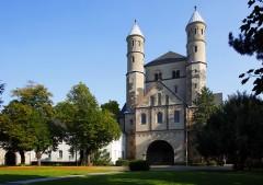 St Pantaleon fra år 866, Altstadt, Köln, Nordrhein-Westfalen, Vest-Tyskland, Tyskland