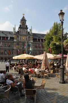Terrasjes, Rathuis, Grote Markt, Antwerpen, Flandern, Belgia