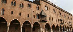 Palazzo del Capitano, Piazza Sordello, Mantova, Lombardia, Nord-Italia, Italia