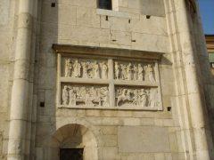Agostino de Duccios relieff San Geminianus, Duomo, Modena, Emilia Romagna, Nord-Italia, Italia