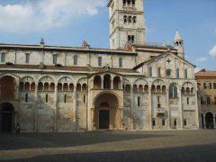 Porta Regia, sørfasade, Duomo, Modena, Emilia Romagna, Nord-Italia, Italia
