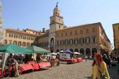Marked, Piazza Grande, Modena, Emilia Romagna, Nord-Italia, Italia