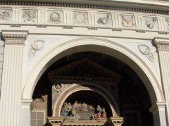 Nyklassisitiske fasaden til Aostas katedral Santa Maria Assunta, Aosta, Valle d'Aosta, Nord-Italia, Italia