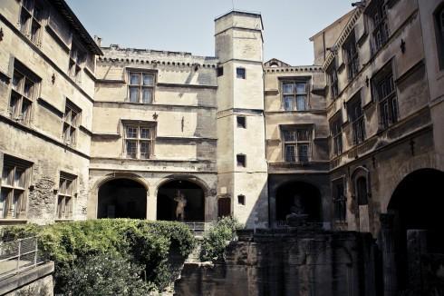 Museom Arlaten, Arles, Provence, Sør-Frankrike, Frankrike