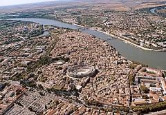 Panorama, gamlebyen, historisk senter, Arles, Provence, Sør-Frankrike, Frankrike