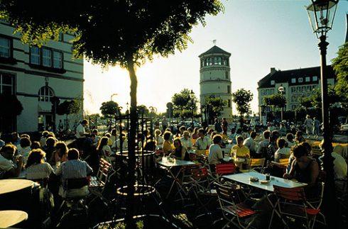 Schlossturm, Altstadt, Düsseldorf, Nordrhein-Westfalen, Vest-Tyskland, Tyskland