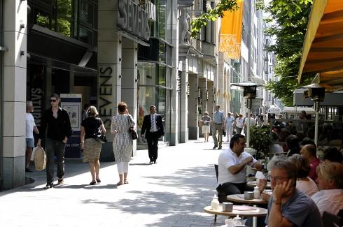 Königsallee,  Altstadt, Düsseldorf, Nordrhein-Westfalen, Vest-Tyskland, Tyskland