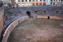 Amfiteateret, romertiden, bygd under keiser Hadrian, Lecce, Puglia, Sør-Italia, Italia