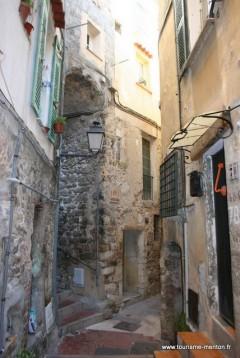 Gamlebyen, pastis, Menton, Alpes Maritimes, Provence, Cote d'Azur, Sør-Frankrike, Frankrike