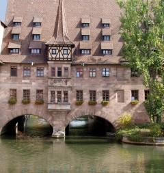 Heilig-Geist-Spital, Nürnberg, Bayern, Unesco Verdensarv, Altstadt, Historisk, Middelalder, Hauptmarkt, Sør-Tyskland, Tyskland