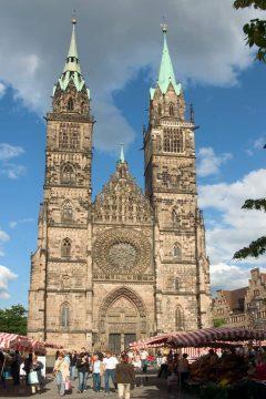 Den gotiske St. Lorenz-Kirche, Nürnberg, Bayern, Unesco Verdensarv, Altstadt, Historisk, Middelalder, Hauptmarkt, Sør-Tyskland, Tyskland