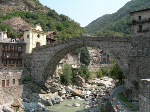 Ponte Romano St Martin, Valle d'Aosta, Nord-Italia, Italia