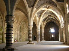 Castello Maniace med den imponerende gotiske Sala Ricevimenti, Gamlebyen, Ortigia, Siracusa, Sicilia, Italia