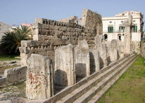 Tempio di Apollo 565 f Kr, Ortigia, Siracusa, Sicilia, Italia