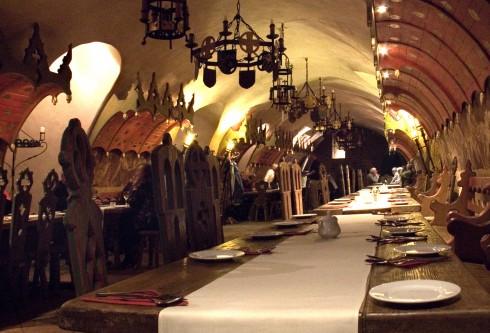 Piwnica Świdnicka er angivelig Polens eldste restaurant, Wroclaw, Unesco Verdensarv, middelalder, markedsplass Rynek, Odra, Sør-Polen, Polen