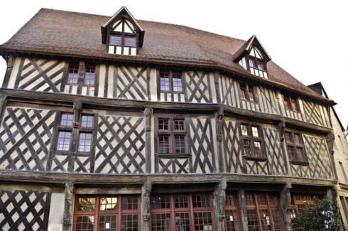 Chartres, Maison de Saumon, Cathedrale Notre dame de Chartres, Eure, Eure et Loire, Unescos liste over Verdensarven, Vest-Frankrike, Frankrike