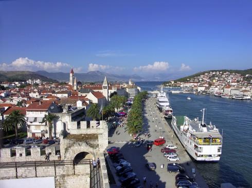Trogir, Split, Adriaterhavet, gamlebyen, historisk bysenter, Unescos liste over Verdensarven, romertid, middelalder, Makarskakysten, Split og øyene, Kroatia