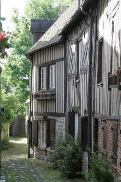 Honfleur, greniers-a-sel, Église Saint-Étienne, Vieux Bassin, impresjonistene, Hundreårskrigen, Normandie, Calvados, Vest-Frankrike