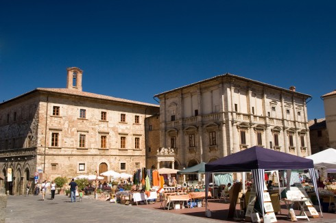 Piazza Grande, Mercato, marked, Montepulciano, gamleby, historisk, Toscana, Midt-Italia, Italia