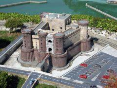 Castelnuovo, Napoli, renessanse, middelalder, Unescos liste over Verdensarven, historisk bydel, gamleby, Caampania, Sør-Italia, Italia