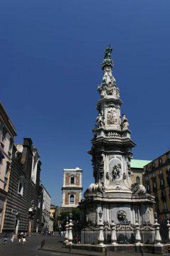 Piazza Gesu Nuovo, Napoli, renessanse, normannere, middelalder, historisk bydel, gamleby, Campania, Sør-Italia, Italia