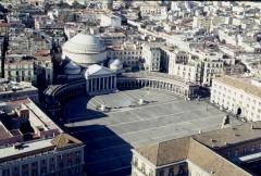 Piazza Plebiscito, Chiesa San Francesco, Napoli, renessanse, normannere, middelalder, Unescos liste over Verdensarven, historisk bydel, gamleby, Campania, Sør-Italia, Italia