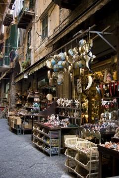 Via San Gregorio Armenico, Napoli, renessanse, normannere, middelalder, Unescos liste over Verdensarven, historisk bydel, gamleby, Campania, Sør-Italia, Italia