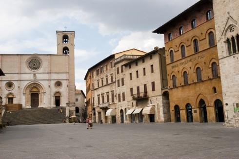 Piazza del Popolo med Duomo, Palazzo dei Priori, Palazzo del Capitano og Palazzo Del Popolo, Todi, middelalder, Umbria, Midt-Italia, italia