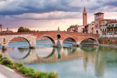 Ponte Pietra, Verona, Arena, Unescos liste over Verdensarven, romerriket, antikken, historiske bydeler, gamlebyen, Veneto, Nord-Italia, Italia