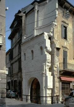 Verona, Porta Leoni, Arena, Piazza delle Erbe, Piazza Signori, Piazza Bra, Unescos liste over Verdensarven, romerriket, antikken, historiske bydeler, gamlebyen, Veneto, Nord-Italia, Italia