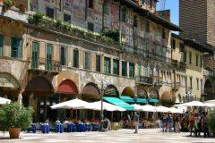 Verona, Casa Mazzanti, Arena, Piazza delle Erbe, Piazza Signori, Piazza Bra, Unescos liste over Verdensarven, romerriket, antikken, historiske bydeler, gamlebyen, Veneto, Nord-Italia, Italia