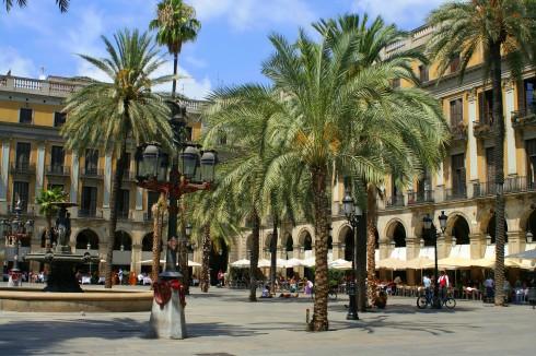 Plaza Reial, Barcelona, katalansk, Unescos liste over Verdensarven, Antoni Gaudi, Guell, Catalunia, Spania