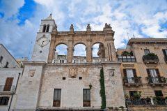 Bari, historisk bysenter, normannere, gourmet, gamleby, gotikken, romansk, renessansen, barokken, Puglia, Sør-Italia, Italia