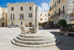 Piazza Mercantile, Bari, historisk bysenter, normannere, gourmet, gamleby, gotikken, romansk, renessansen, barokken, Puglia, Sør-Italia, Italia