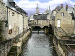 Bayeux, vielle ville, gamlebyen, middelalder, bindingsverk, historisk bysenter, Normandie, Vest-Frankrike, Frankrike