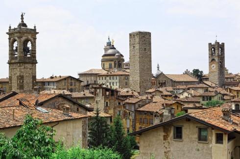 Piazza Vecchia med Torre del Commune, Bergamo, Lombardia, Nord-Italia, italia