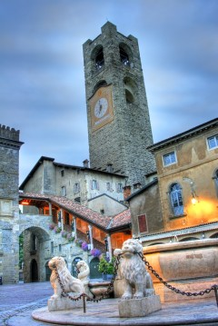 Torre Comunale, Piazza Vecchia i Bergamo, Lombardia, Nord-Italia, Italia