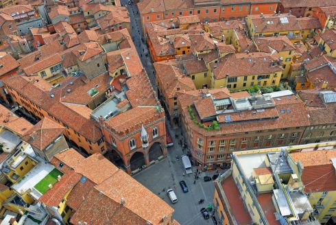 Piazza di Porta Ravegnana, Bologna, Unescos liste over Verdensarven, middelalderen, historiske bydeler, gamlebyen, Emilia-Romagna, Nord-Italia, Italia