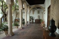 Cordoba, Palacio de Viana, katedral-moskéen La Mezquita, Alcazae Reyes Cristianos, Guadalquivir, Al-Zahra, Unescos liste over Verdensarven, historisk bydel, gamleby, Andalucia, Spania
