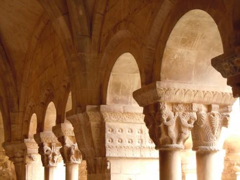 Elne, Pyrenee Atlantique, Katedral, klostergang, Viuex ville, gamlebyen, Canal du Midi, middelalder, Sør-Frankrike, Frankrike