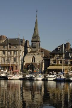 Honfleur, Église Saint-Étienne, Vieux Bassin, impresjonistene, Hundreårskrigen, Normandie, Calvados, Vest-Frankrike
