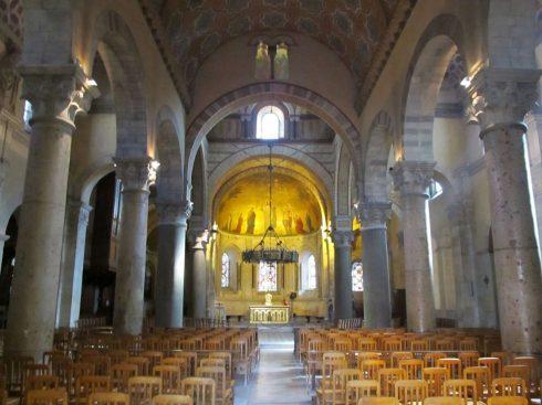 Lyon, romertid,Abbaye St. Martin d'Ainay , Unescos liste over Verdensarven, renessansen, Midt-Frankrike