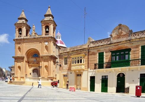 Pjazza Madonna ta' Pompei, Marsaxlokk, Malta, templene, Unescos liste over Verdensarven, korsfarere, Johanitter-ordenen, renessansen barokken, Valletta, Malta