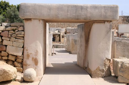 Malta, Tarixen, Gozo, Valletta, Mdina, Johanitter-ordenen, Jean de vallette, korsfarere, Unescos liste over Verdensarven, Normannere, St Johns Co-Cathedral, St Paul, Paulus