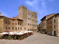 Piazza Garibaldi, Palazzo de Podesta, Massa Marittima, gamleby, historisk, Toscana, Midt-Italia, Italia