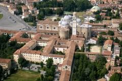 Basilica Santa Giustina , Padova, Piazza delle Erbe, Piazza delle Frutti, Unescos liste over Verdensarven, romerriket, antikken, historiske bydeler, gamlebyen, Veneto, Nord-Italia, Italia