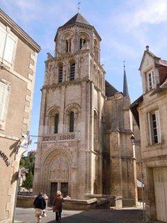 Sørvest-Frankrike, Poitiers